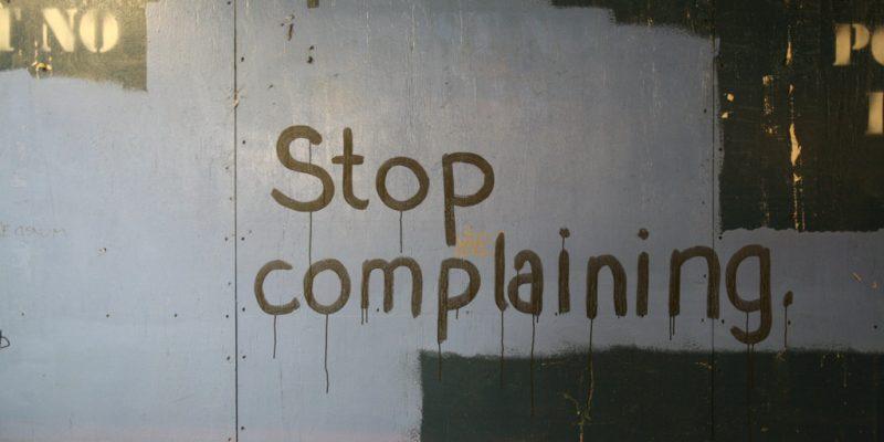 Rapporter n'est pas réclamer, c'est contribuer.