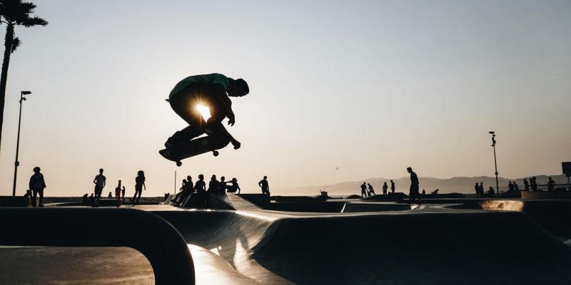Skater illustrant l'effet hover décrit dans l'article